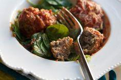 Homemade Italian Meatballs, Paleo Friendly, Gluten Free / SpinachTiger.com