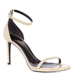 SAINT LAURENT Classic Jane ankle strap sandals in nude patent leather (Nude
