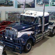 Kenworth Museum | National Road Transport Hall of Fame Model Truck Kits, National Road, Road Transport, Road Train, Kenworth Trucks, Big Rig Trucks, Heavy Equipment, Scale Models, Transportation