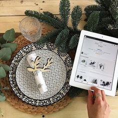 Bon appétit ici c'est dîner en amoureux avant les repas de famille... belle soirée à vous tous... || on @tictail @etsy || #soko #home #sokohome #homedecor #homesweethome #homemade #diner #love #instagood #interiordesign #interior #deco #decoration #december #design #decor #lifestyle #christmas #leaf #palm #nature #lamp #proud #tableau #tropical #scandinave #
