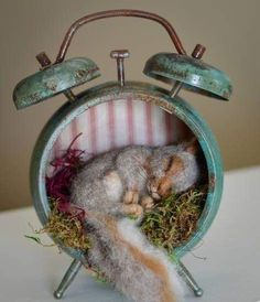 Steampunk Lost in Time Nesting Baby Squirrel Aged Patina Vintage Style Alarm Clo. - Steampunk Lost in Time Nesting Baby Squirrel Aged Patina Vintage Style Alarm Clock Needle felted Sc - Needle Felted Animals, Felt Animals, Baby Animals, Cute Animals, Funny Animals, Wet Felting, Needle Felting, Baby Squirrel, Squirrel Art
