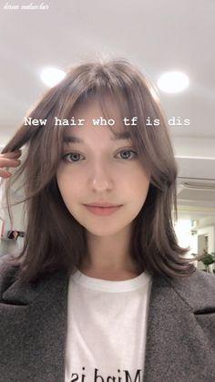 Medium Hair Cuts, Short Hair Cuts, Medium Hair Styles, Curly Hair Styles, Korean Hair Medium, Short Hair Korean Style, Short Styles, Korean Short Hairstyle, Korean Haircut Long