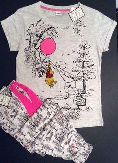 Primark Ladies Authentic Disney Winnie The Pooh Pyjama Set illustrated BNWT