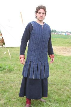 Outer gambeson 13th c.