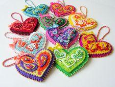 Heart felt ornament Felt heart decoration Beaded por MisPearlBerry