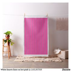 White hearts lines on hot pink tissu