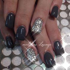 Pave Dreams #naildesign #nails #bling #manimonday