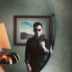 """""""Right now this moment...waiting to go to work"""" - Shannon´s Instagram"""