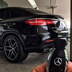 Where would you go with the brand new Mercedes-Benz GLE? Photo by [GLE 350 d Coupé Mercedes Auto, New Mercedes, Volkswagen, Ford Gt, Toyota, Lux Cars, Top Luxury Cars, Car Goals, Audi Tt