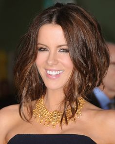 Kate Beckinsale is gorgeous!
