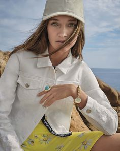 Bad Homburg, Jeans, Womens Fashion, Outfits, Cat Walk, Fashion Trends, Stripes, Jackets, Suits