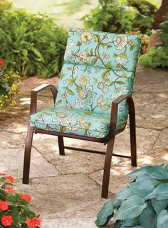 Upgrade your outdoor look easily with this lovely Blue Jacobean design inspired by climbing vines & flowers