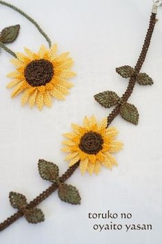 and - Crafts Diy Halloween Decorations, Halloween Diy, Lace Flowers, Crochet Flowers, Hand Embroidery, Embroidery Designs, Easy Crafts, Diy And Crafts, Crafts For Teens To Make
