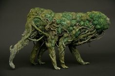 Akishi Ueda's surreal sculptures meld creatures and structures in unexpected ways. The artist pulls from both fantasy and science in building his clay creations. Woodland Creatures, Magical Creatures, Fantasy Creatures, Creature Feature, Creature Design, Ladybug House, Cool Monsters, Futuristic Cars, Thing 1