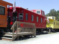 The Hobo Inn - Staying in converted trains in Washington. My kids would LOVE it!