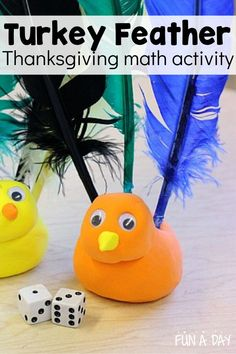 A super fun Thanksgiving math activity for preschool! It even works fine motor skills! It's a fun dice game with playdough and feathers. Preschool Lesson Plans, Preschool Themes, Preschool Math, Early Learning Activities, Preschool Activities, Enchanted Learning, Thanksgiving Preschool, Motor Skills, Fine Motor