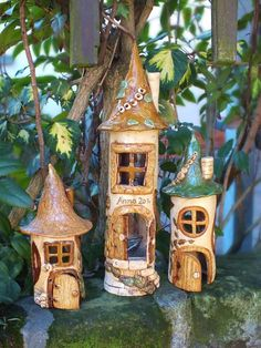 Clay Houses, Miniature Houses, Paper Clay, Clay Art, Pottery Houses, Fairy Tree, Hand Built Pottery, How To Make Paint, Garden Ornaments