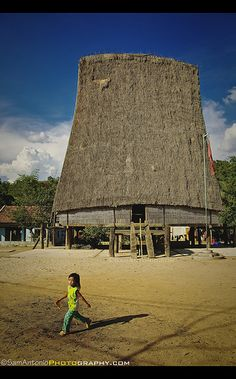 Rong House in Kon Tum, Vietnam #Travel #photography #Vietnam #Architecture #Running #Candid