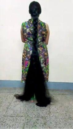 Long Natural Hair, Natural Hair Styles For Black Women, Long Hair Styles, Really Long Hair, Super Long Hair, Beautiful Braids, Beautiful Long Hair, Indian Long Hair Braid, Big Bun