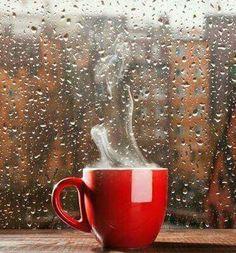 Cafe y lluvia.