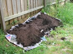 Layer Garden; a garden system that calls for no digging, no tiling, no weeding, hardly any tending. You simply layer organic matter and plant your plants.