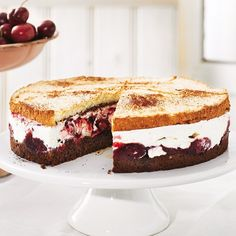 Kirsch-Schoko-Baiser-Torte - BRIGITTE
