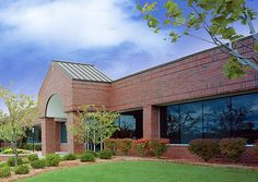 3937 Campus Drive, Centerpoint   3937 Campus Drive  Pontiac, MI 48341  Office - 1 Story