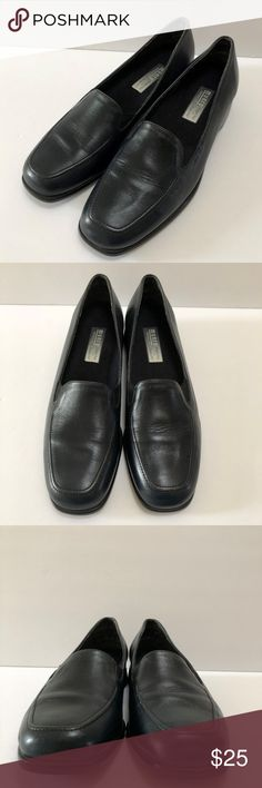 "Munro Navy Blue Leather Loafers Slip on Shoes 7 N Munro American Navy Blue Leather Loafers Slip on Shoes Womans 7 N Made in USA * Size : Womens 7 N (Narrow) * Color : Navy Blue * Heel Height : approx. 1"" * Materials : Leather Upper / Man Made Sole * Removable Inner Soles * Made in USA * Condition : It's in good pre-owned condition with some creases/scuffs/scratches from normal use.  Please see the photos. Munro Shoes Flats & Loafers"