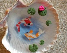 Miniatura hechos a mano 2 Koi con cojines por FairyTreeMiniatures