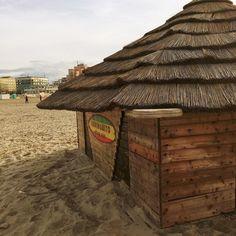 Rimini  #rimini #riminibeach #marzo2016 #primavera2016 #spiaggia #beach #sand #chringuitos #nofilter #likeforlike #follow4follow #followforfollow #siguemeytesigo #vacanze #relax #meraviglia #bellezza #picoftheday #fotodeldia #fotografia #fotodelgiorno by the_poster_
