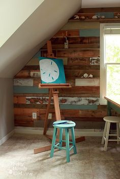 How to create and install a pallet wall - this is gorgeous!