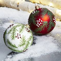These gorgeous ball ornaments feature delicately drawn and glittered pine boughs dotted with berries. Each handcrafted glass ornament is made in Germany by artisans using time-honored techniques. Painted Christmas Ornaments, Hand Painted Ornaments, Handmade Christmas, Christmas Crafts, Christmas Houses, Christmas Mandala, Christmas Balls, Christmas Christmas, Christmas Projects