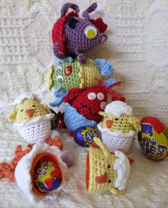 Mrs Craftypants: Having way to much fun! Crochet Easter Eggs