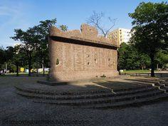patrząc w jedną stronę: Warszawa Walczy - 5 sierpnia 1944 r.