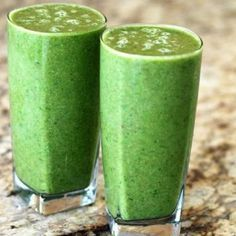 Are you looking for the top 7 detox smoothies recipes for weight loss? These top 7 detox smoothies recipes will help you reduce belly fat really fast. Green Tea Smoothie, Smoothie Cleanse, Green Smoothie Recipes, Juice Smoothie, Avocado Smoothie, Matcha Smoothie, Body Cleanse, Body Detox, Workout Smoothie