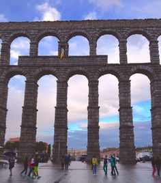 The 2,000 year-old arches of the Roman aqueduct in Segovia Spain, held together only by gravity and design.  #spain #travel #architecture (Thx MMCL)