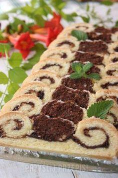 Zakręcone ciasto z orzechami laskowymi Polish Recipes, Polish Food, Biscotti, Sweet Recipes, Sweet Tooth, Bakery, Cheesecake, Food And Drink, Waffles