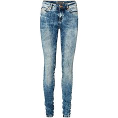 Vero Moda Stone Washed Slim Fit Jeans (1,205 THB) ❤ liked on Polyvore featuring jeans, pants, pantalones, bottoms, d.hlace, straight leg jeans, super stretch jeans, slim fit jeans, slim cut jeans and stretch blue jeans