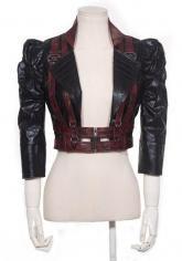 Veste gilet noire et rouge imitation cuir, manches bouffantes et engrenages RQBL