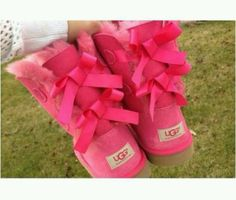 pink Uggs with bows