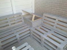 Loungebank met tafel/opbergruimte