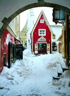 Markets and Events: Estonia - Tallinn in the snow. The white snow contrasting the fabulous bright red #colourfulestonia #visitestonia