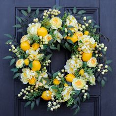 Diy Spring Wreath, Summer Door Wreaths, Wreaths For Front Door, Summer Door Decorations, Front Door Decor, Easter Wreaths, Fall Wreaths, Handmade Decorations, Front Doors