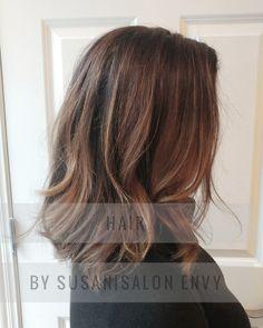 #SalonEnvyChicago #balayage #brownhair #mediumhair #mediumlengthhair #beachy #beachwaves #chicago #hairpainting #chocolatehair #hair #hairtrends #2017 #hairtrends2017 #beauty