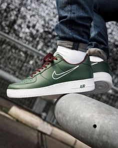 online store a90eb 18ea2 NIKE AIR FORCE 1 HONG KONG DEEP FOREST, WHITE  EL DORADO SNEAKERS