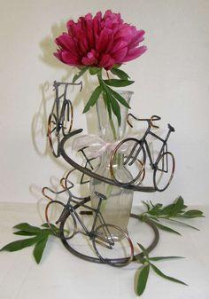 Centerpiece bike