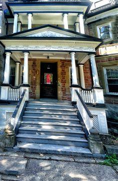 PORCH #house #home #colors Porch, Mansions, House Styles, Colors, City, Home Decor, Balcony, Patio, Pouch
