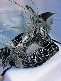 Black Widow Velvet Velour Masquerade Ball Half Mask by DaraGallery Halloween Masquerade, Masquerade Party, Masquerade Masks, Halloween Items, Halloween Masks, Mask Face Paint, Victorian Gown, Half Mask, Beautiful Mask