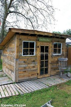 palletshed5 533x800 Shed made from pallets and tin cans in pallet outdoor project  with wood shed Repurposed Recycled pallet