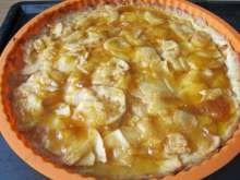 Tradičný francúzsky jablkový koláč • Recept | svetvomne.sk Erika, Macaroni And Cheese, Ethnic Recipes, Food, Basket, Mac And Cheese, Essen, Meals, Yemek